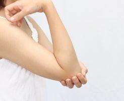 関節がポキポキ鳴るのは何故?指は鳴らすと太くなる?首や腰 肩や膝は大丈夫?