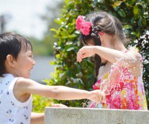 子供に紫外線対策が必要なのは何故?日焼け止めを塗る時期やタイミングは?
