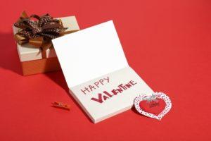 彼氏(旦那)のハートがキュンとくるバレンタインカードの書き方 例文 渡し方は?